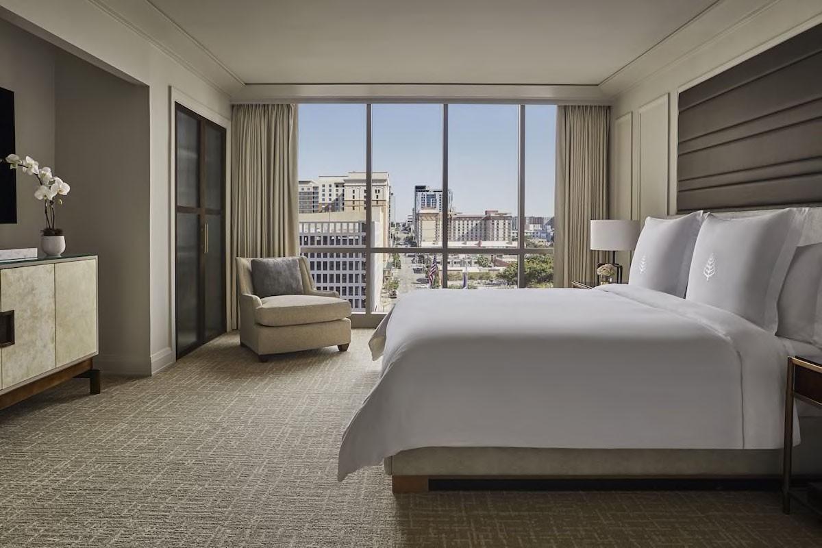 Courtesy of Four Seasons Hotel Austin / Expedia
