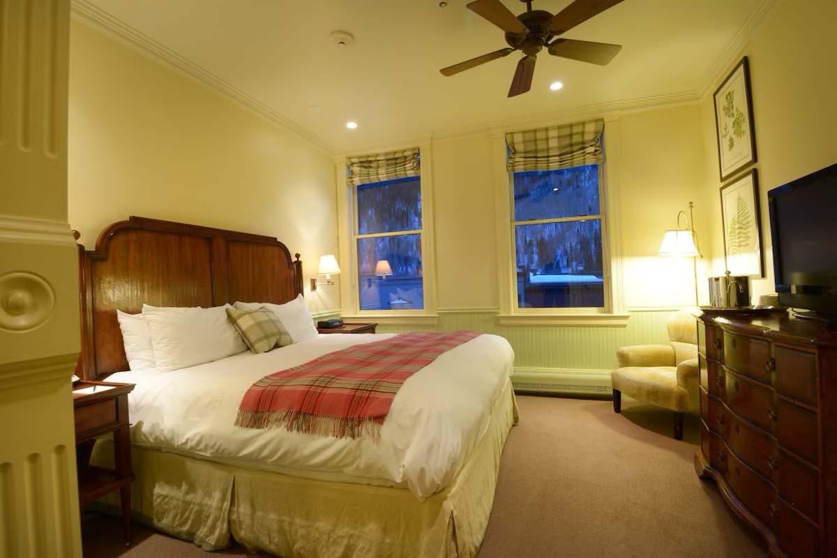 Courtesy of New Sheridan Hotel / Expedia