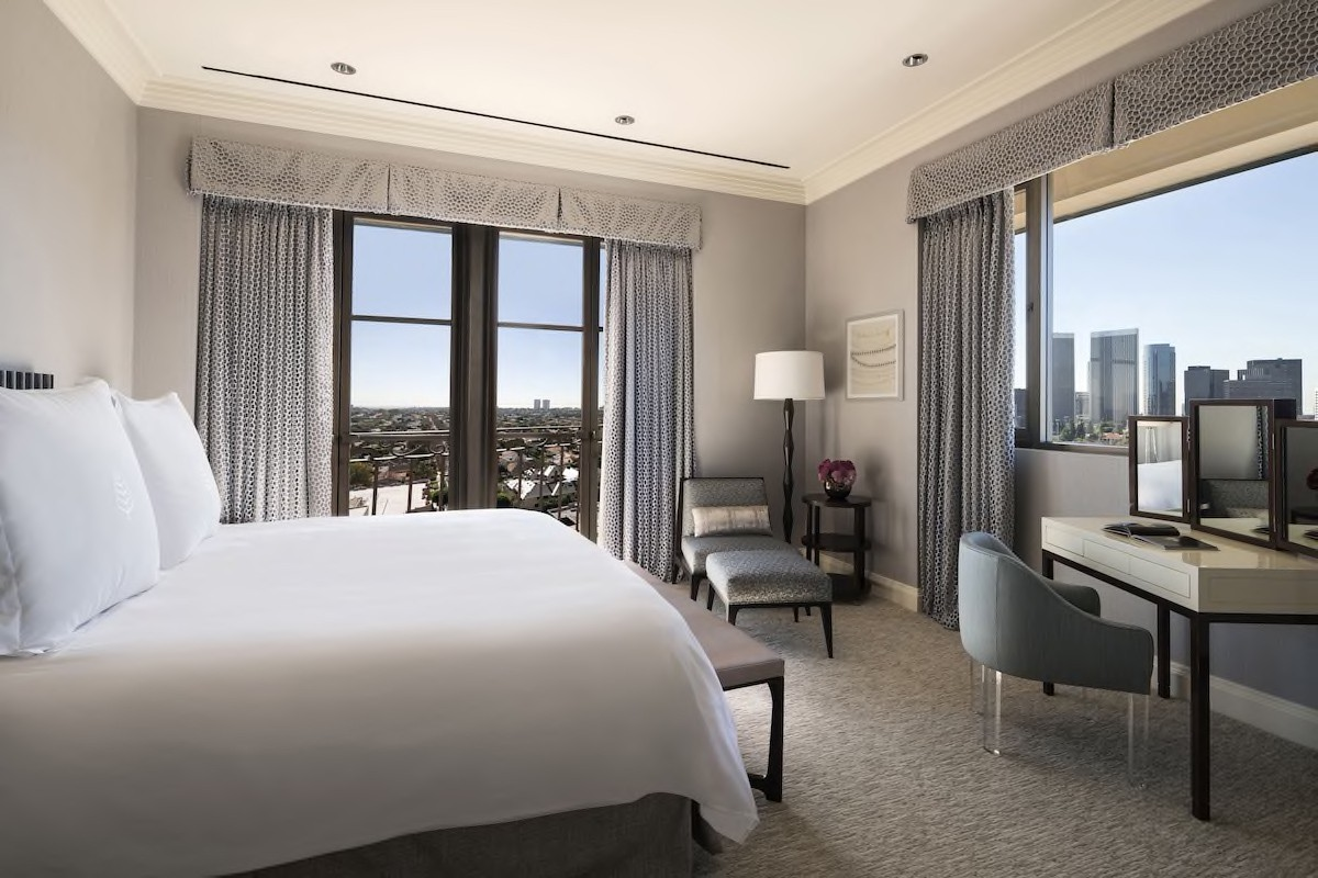 Courtesy of Beverly Wilshire – Beverly Hills, A Four Seasons Hotel / Expedia