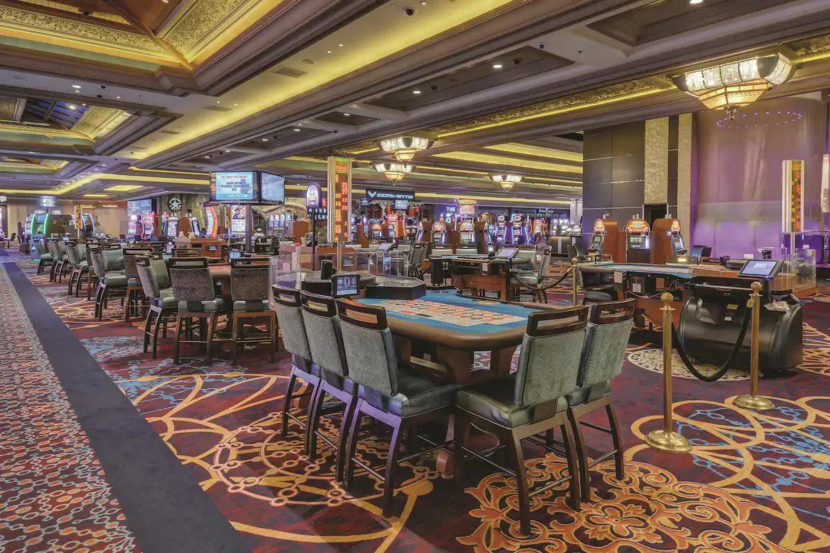 Courtesy of Mandalay Bay Hotel & Casino / Expedia.com