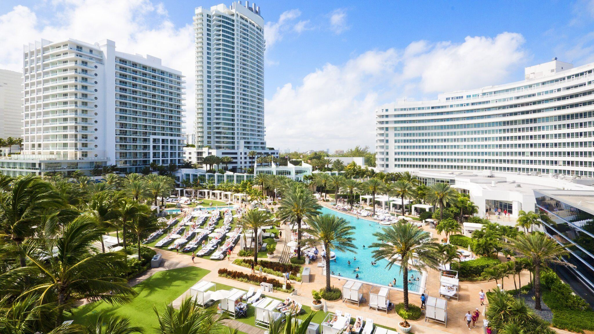 Courtesy of Fontainebleau Miami Beach / Expedia