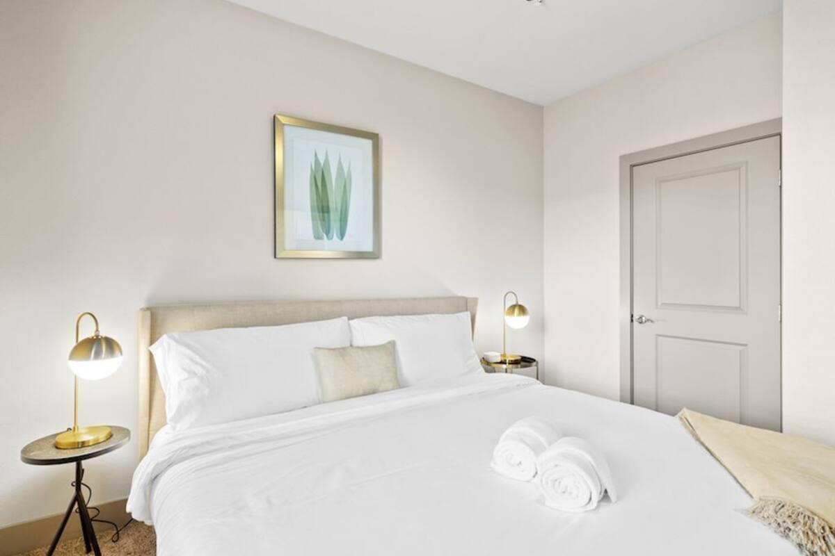 Courtesy of Kasa San Diego Executive 1bd/1ba Apartment / Expedia