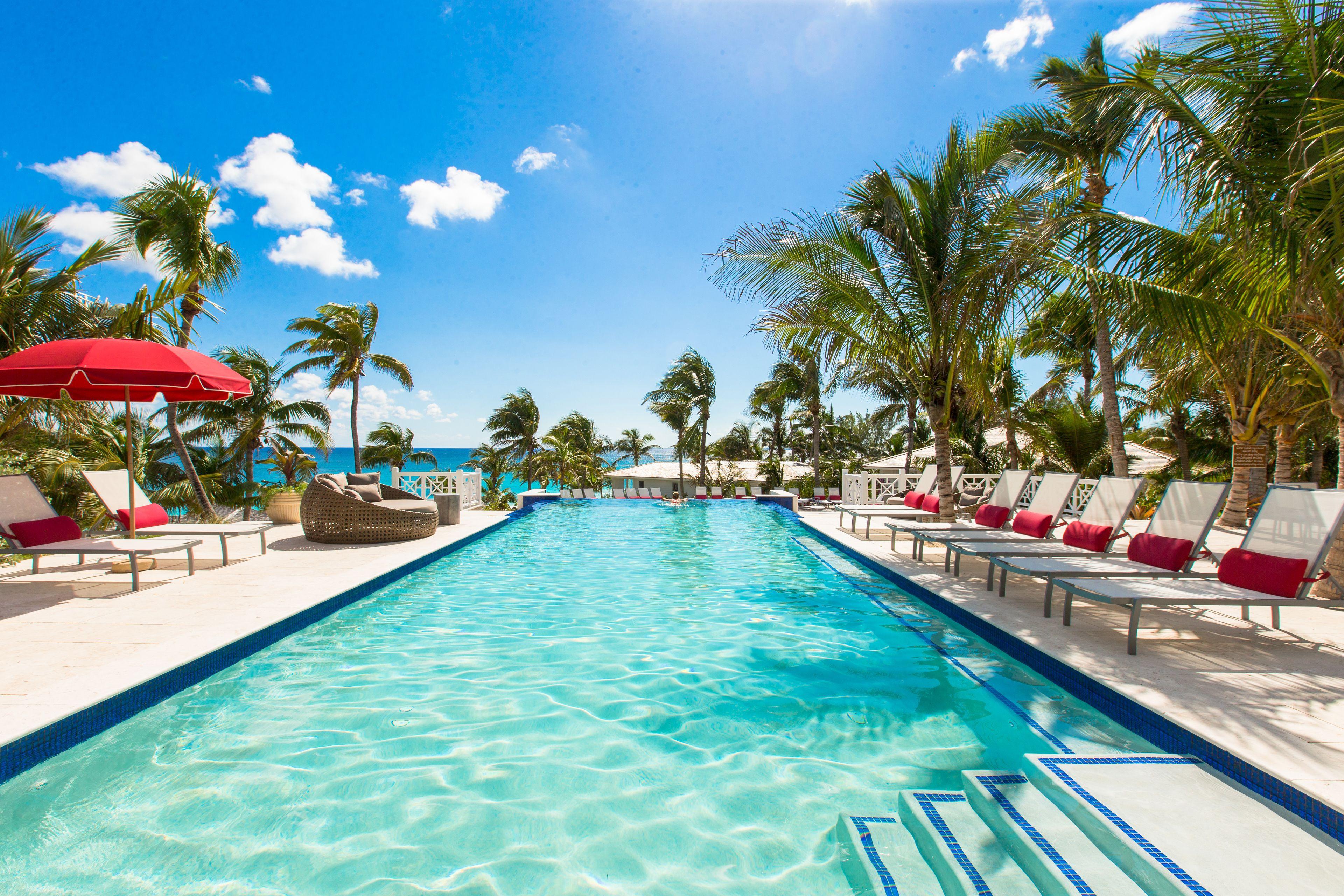Courtesy of Coral Sands Hotel / Expedia.com