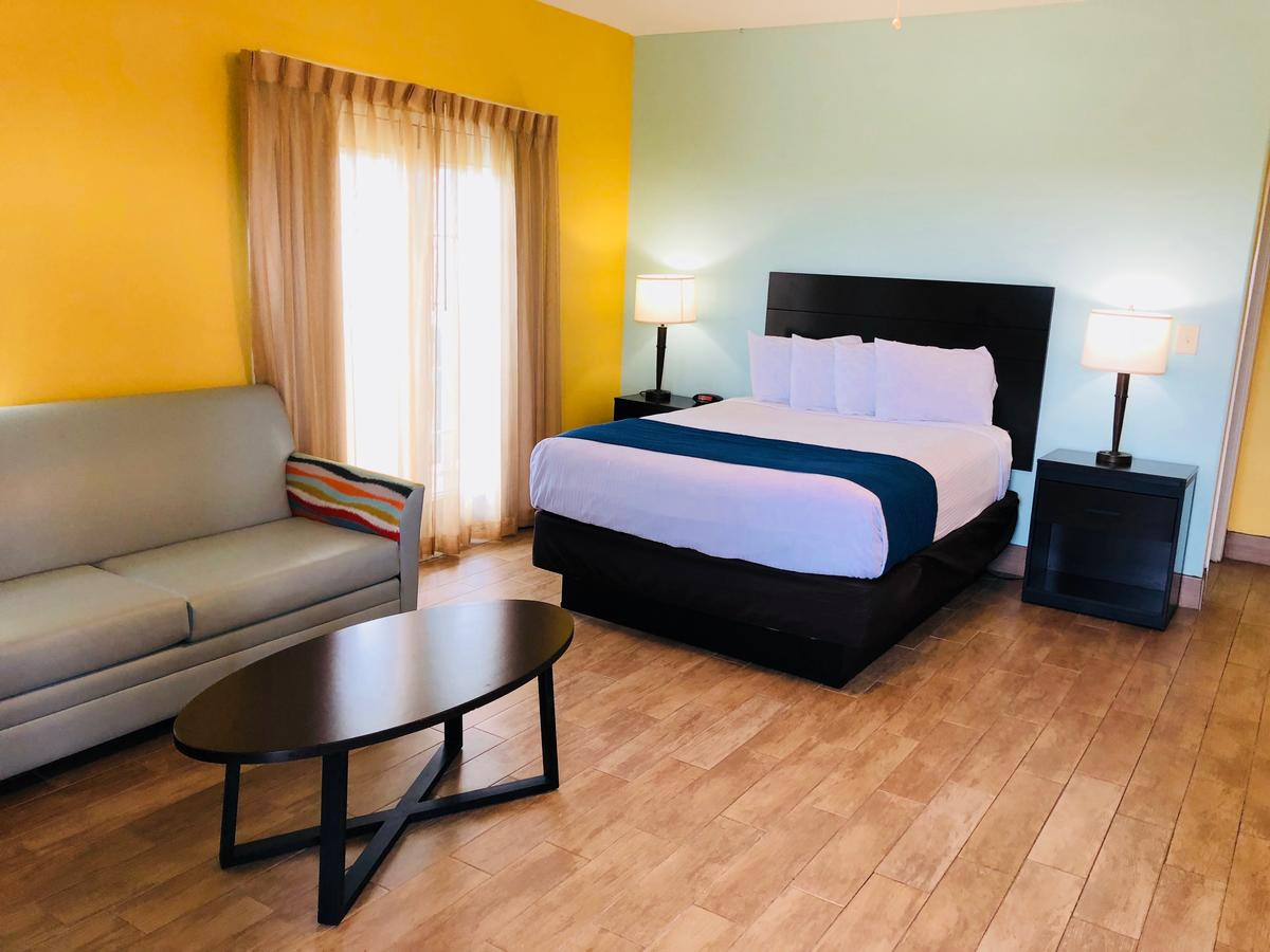 Courtesy of Island Hotel Port Aransas /Booking.com