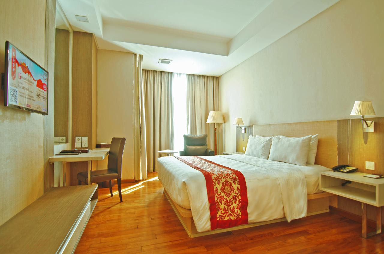Courtesy of Nagoya Hill Hotel Batam /Expedia
