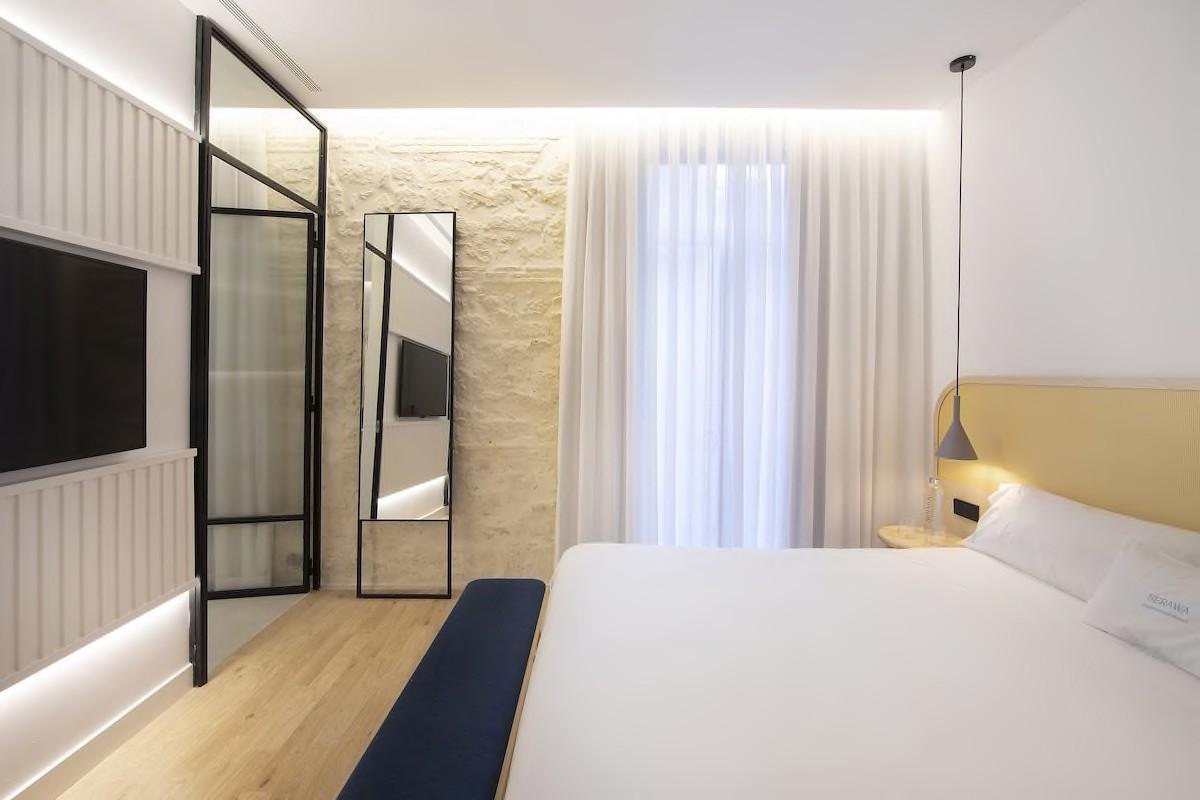 Courtesy of Hotel Serawa Alicante /Expedia