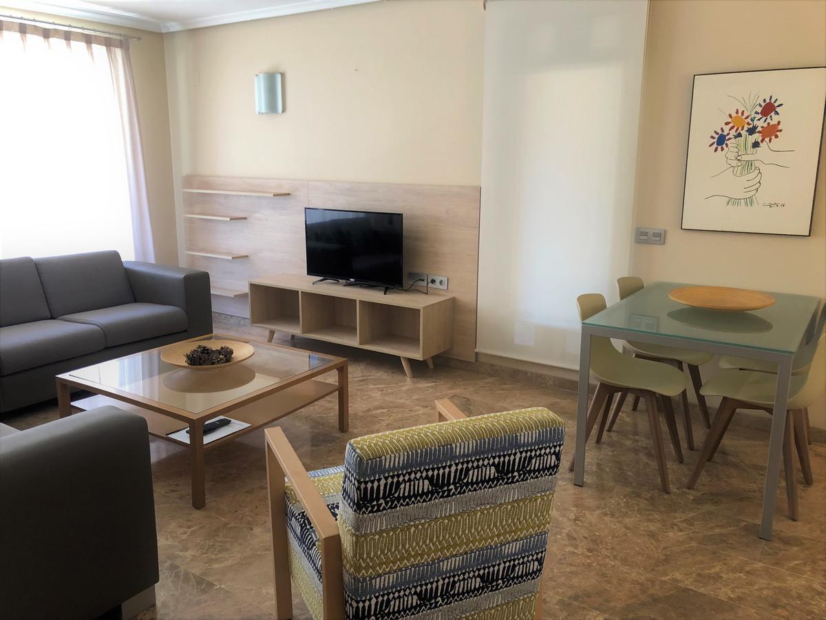 Courtesy of Apartamentos Plaza Picasso / Booking.com