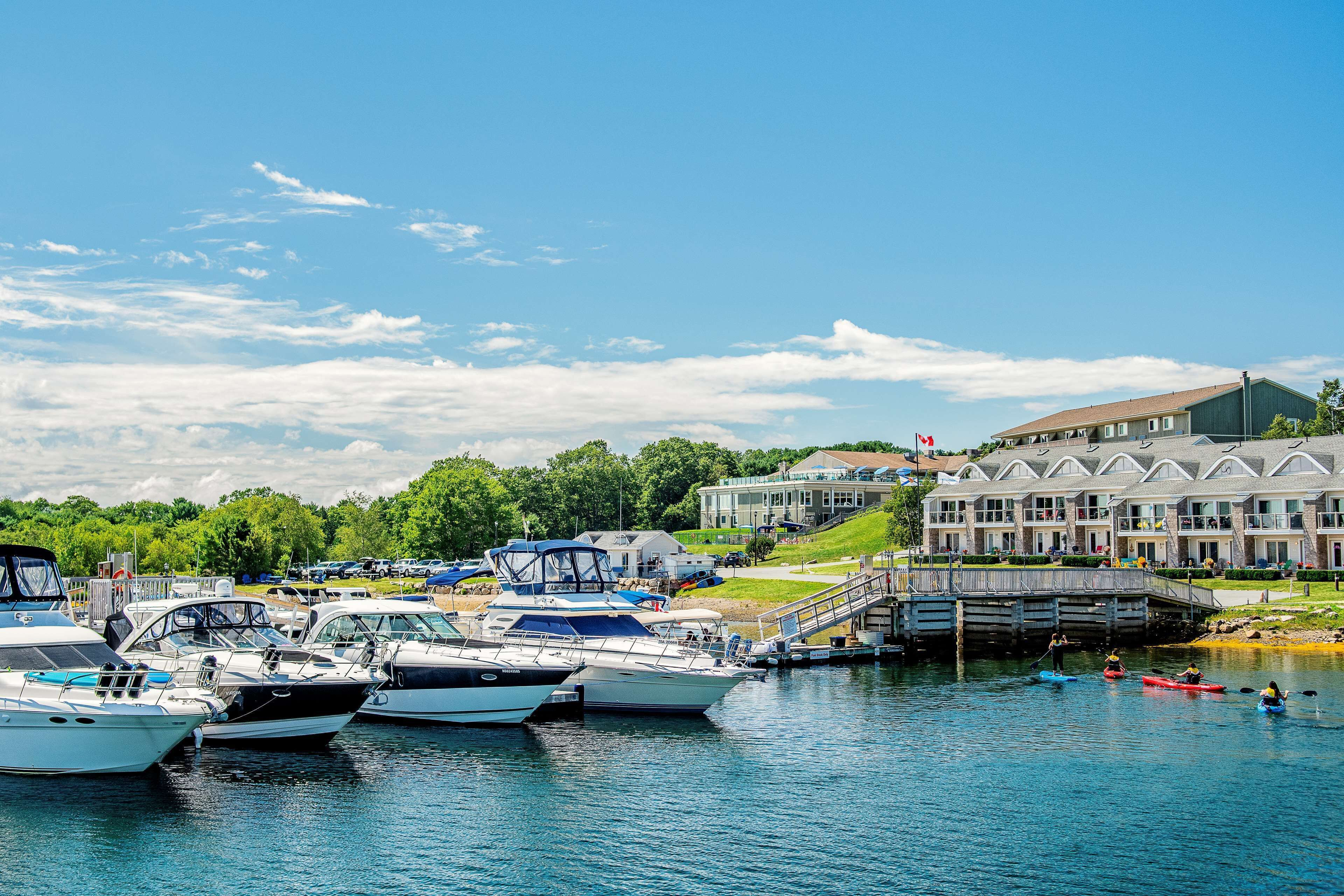 Courtesy of Oak Island Resort / Expedia