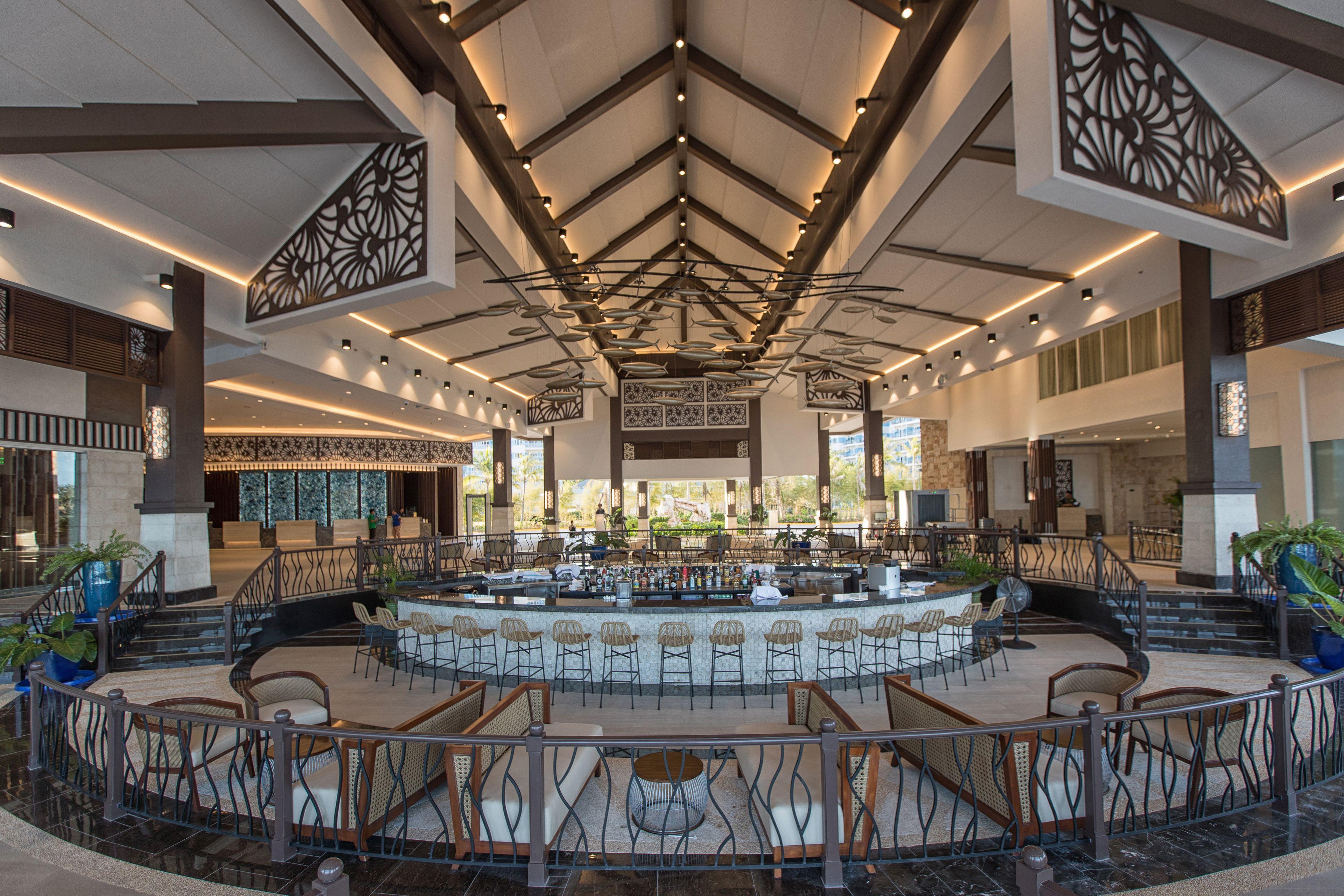 Courtesy of Dusit Thani Mactan Cebu Resort / Expedia