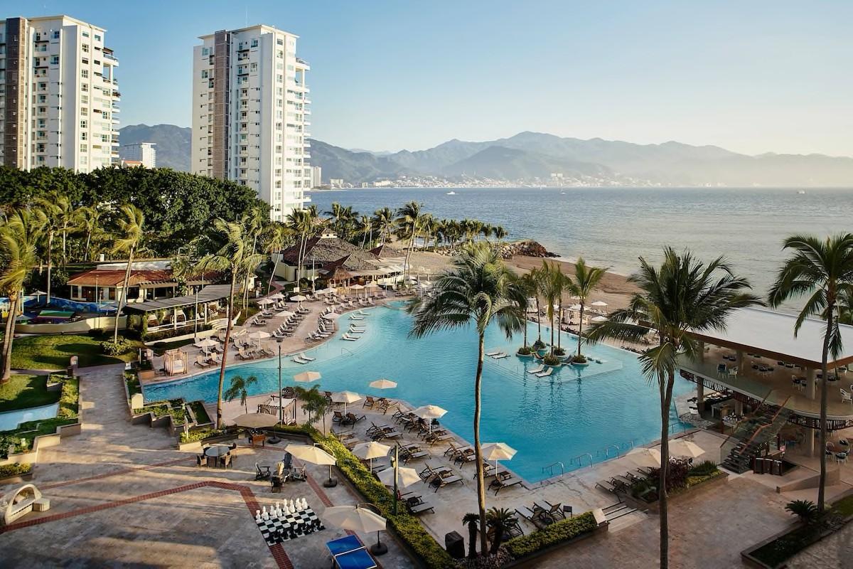 Courtesy of Marriott Puerto Vallarta Resort and Spa / Expedia