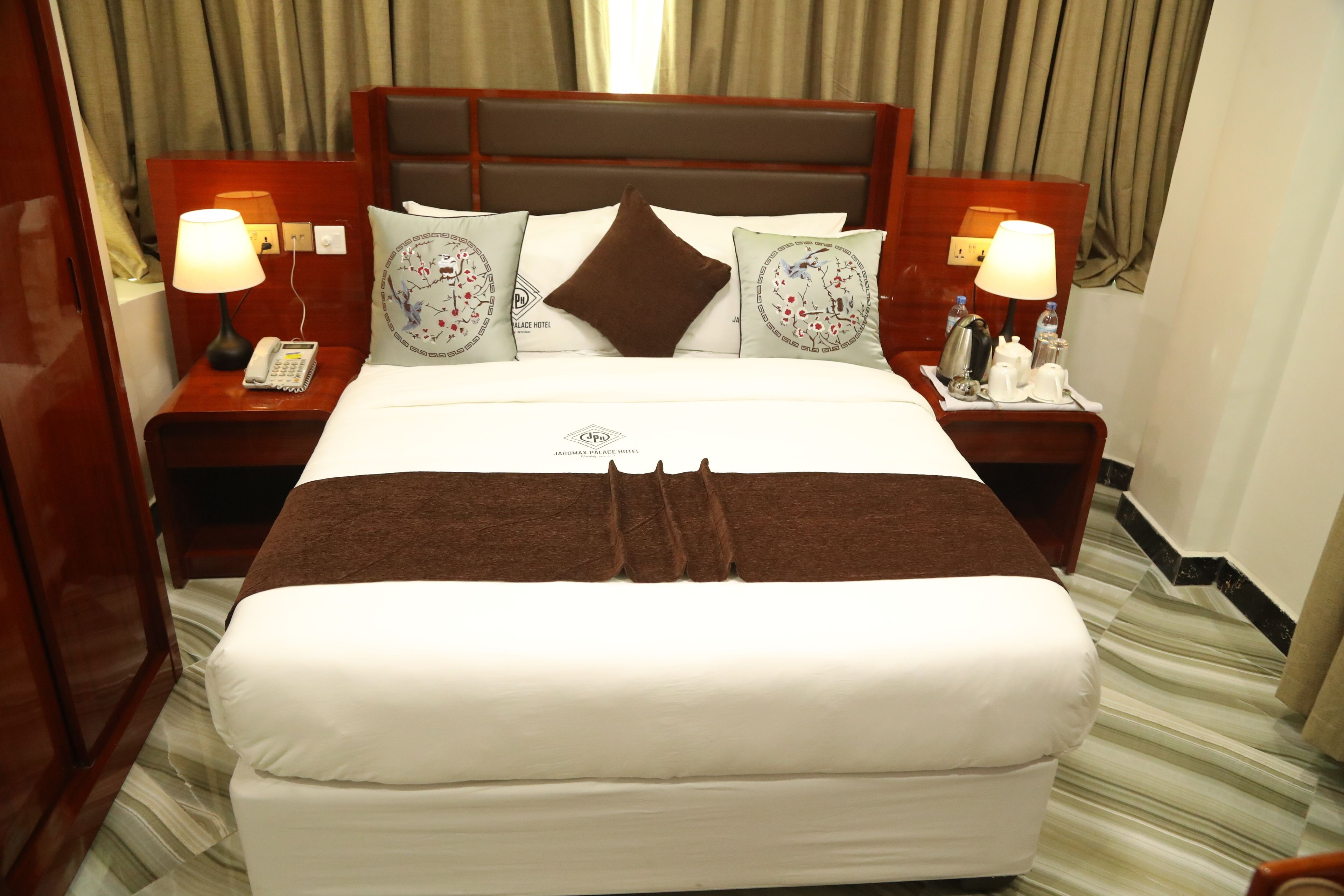 Courtesy of Jaromax Palace Hotel / Expedia