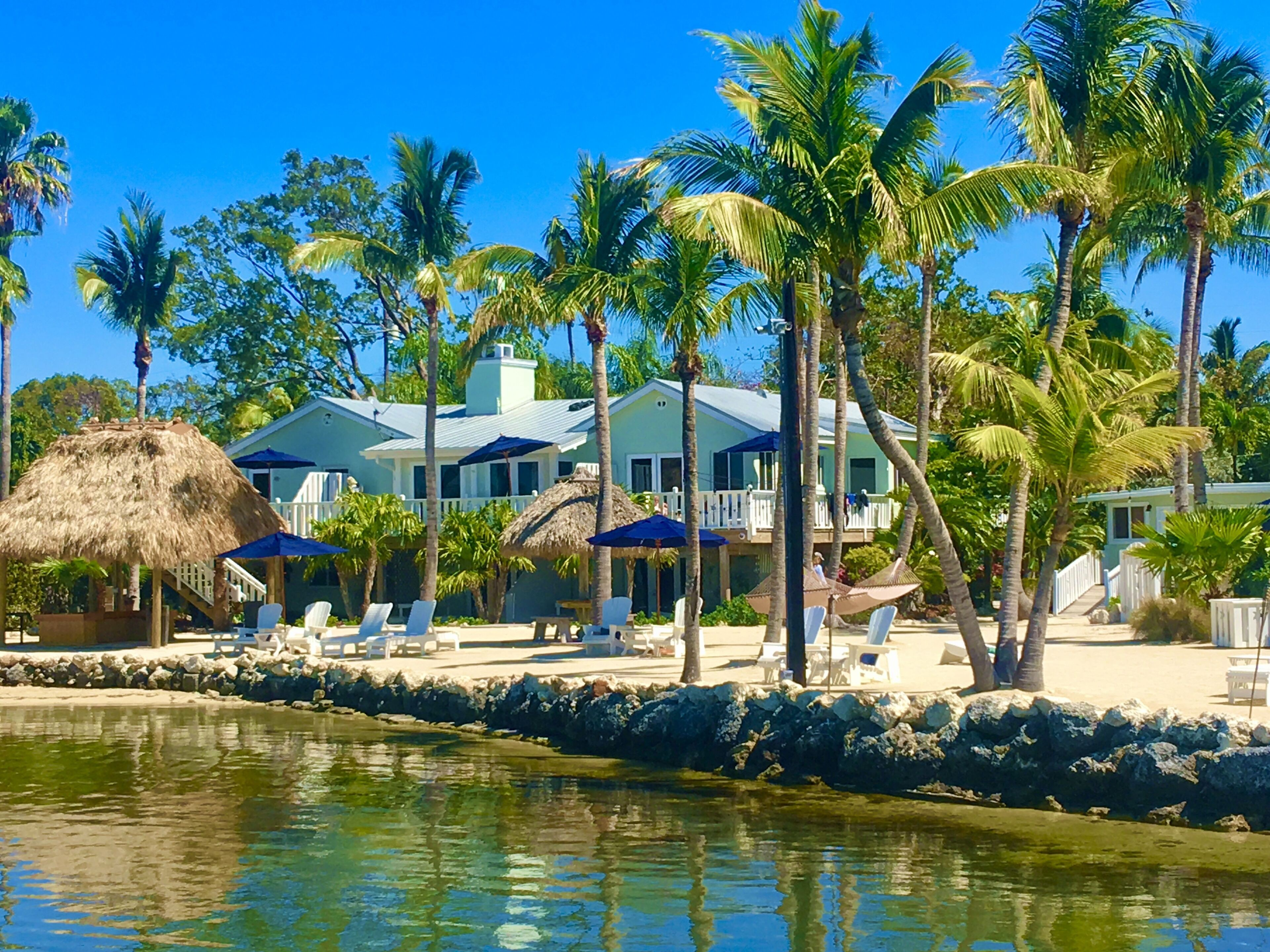 Courtesy of Coconut Palm Inn / Expedia