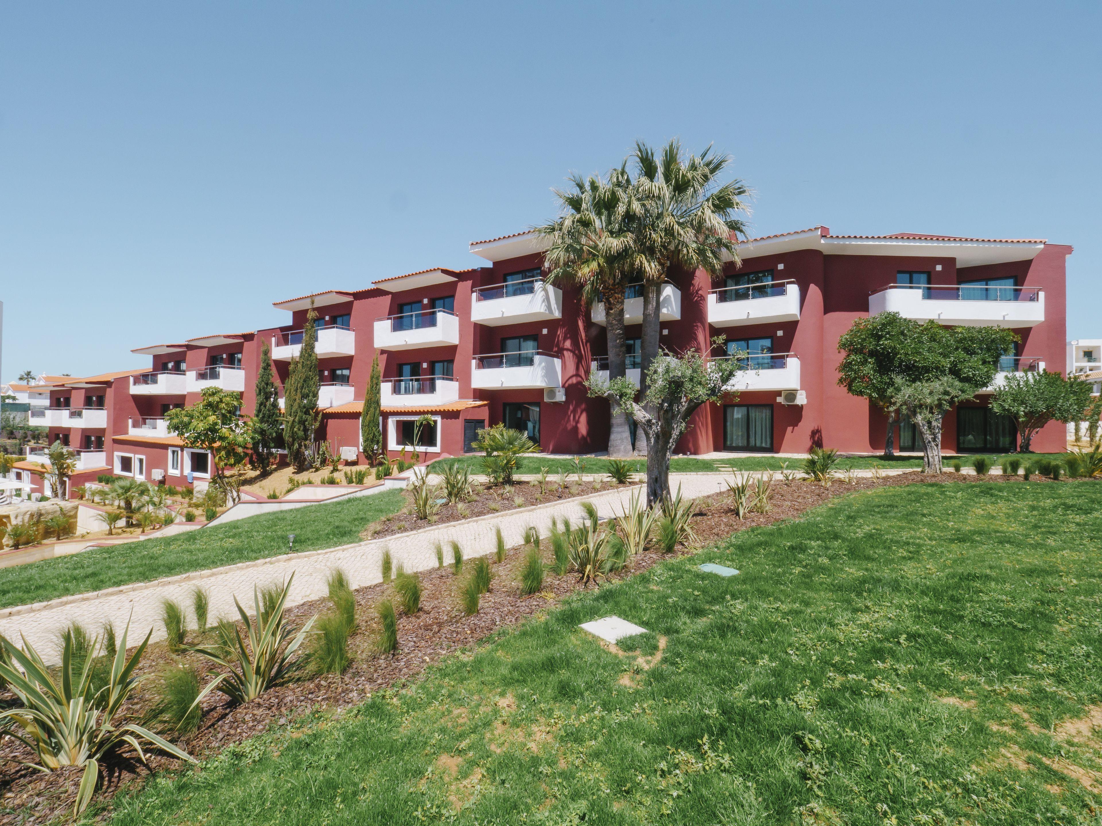Courtesy of Topazio Mar Beach Hotel & Apartments / Expedia