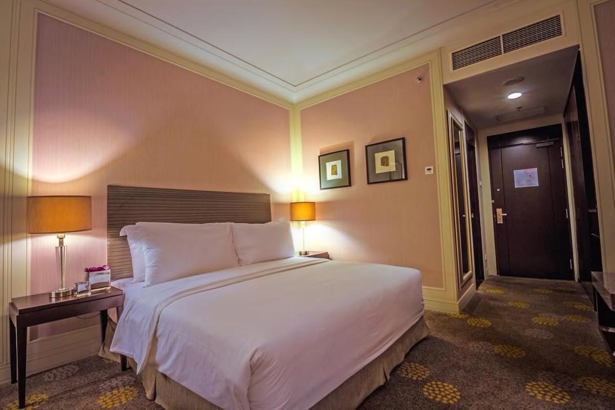 Courtesy of Grands I Hotel /Expedia