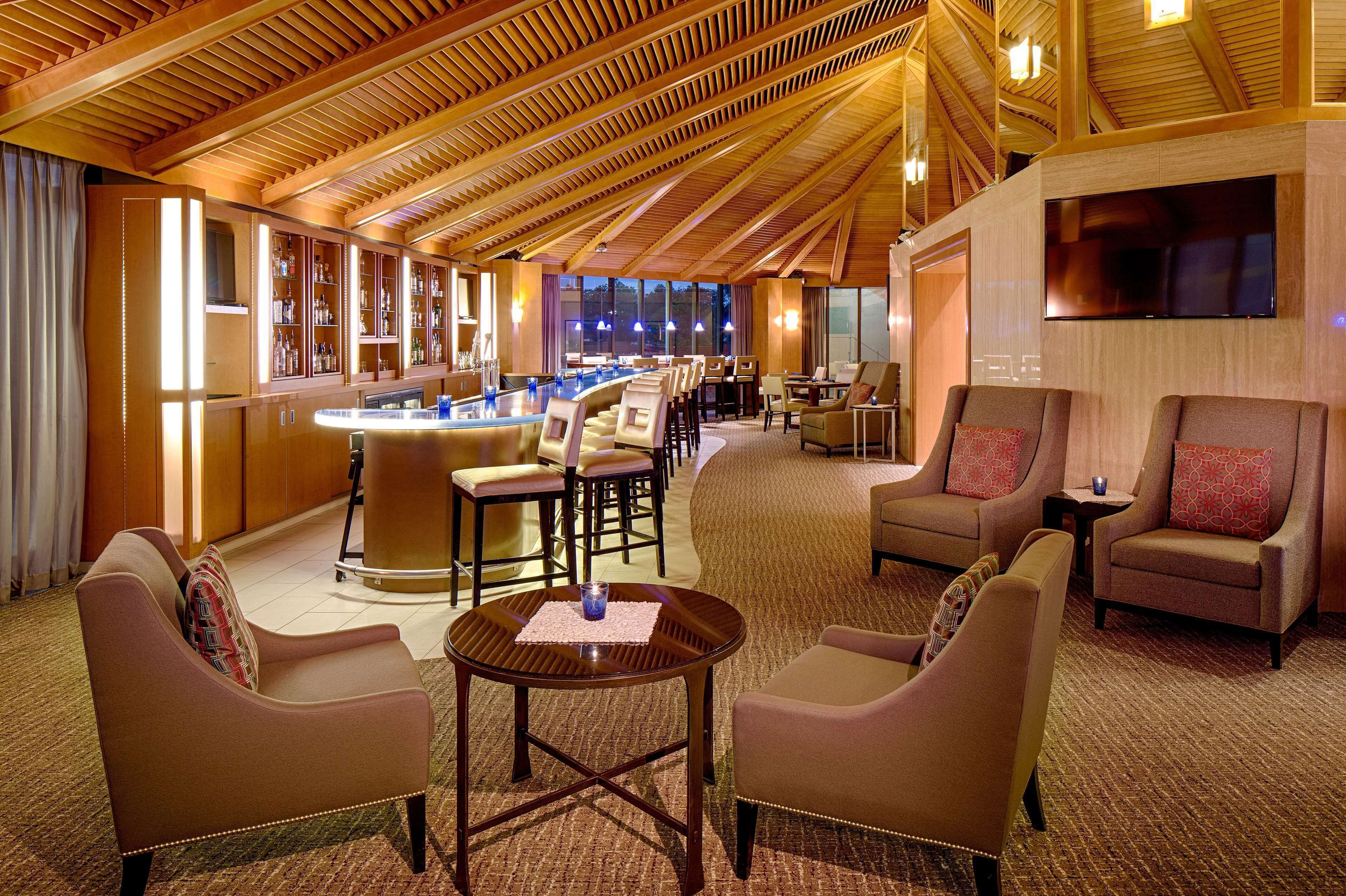 Courtesy of DoubleTree by Hilton Hotel Houston - Greenway Plaza / Expedia
