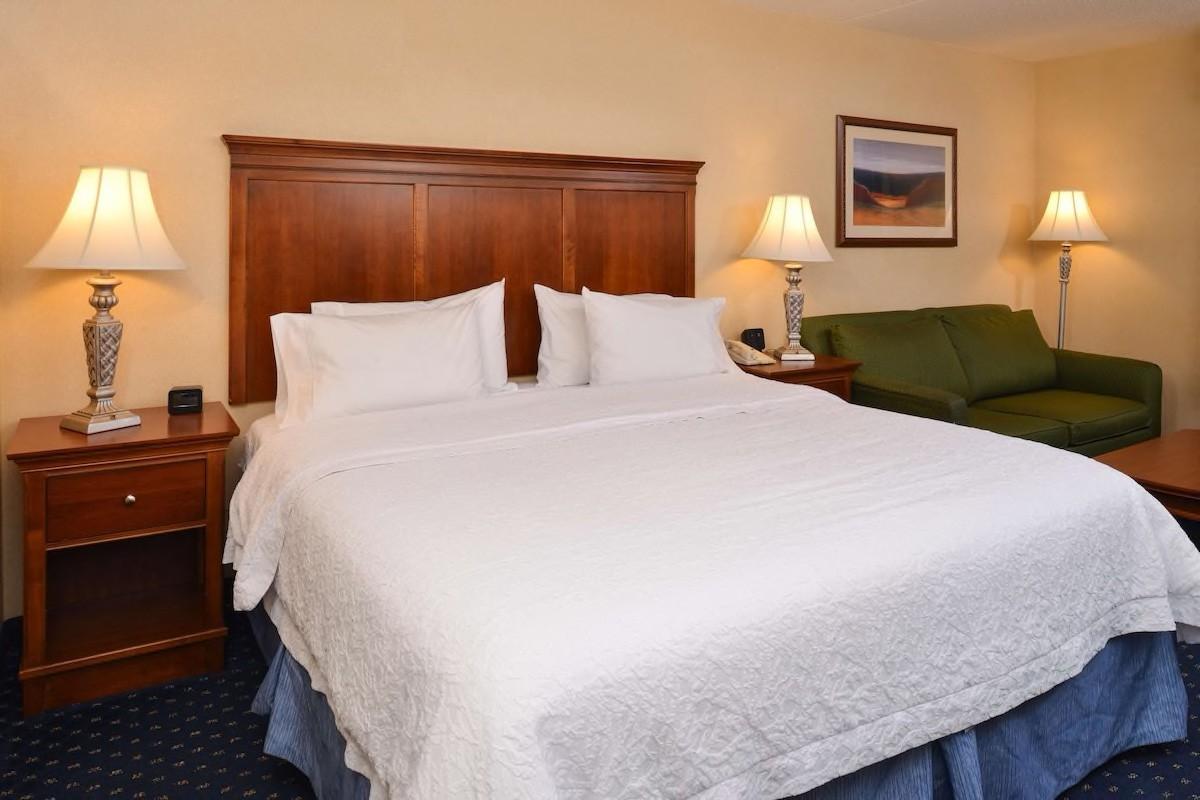 Courtesy of Hampton Inn & Suites Fredericksburg South /Expedia