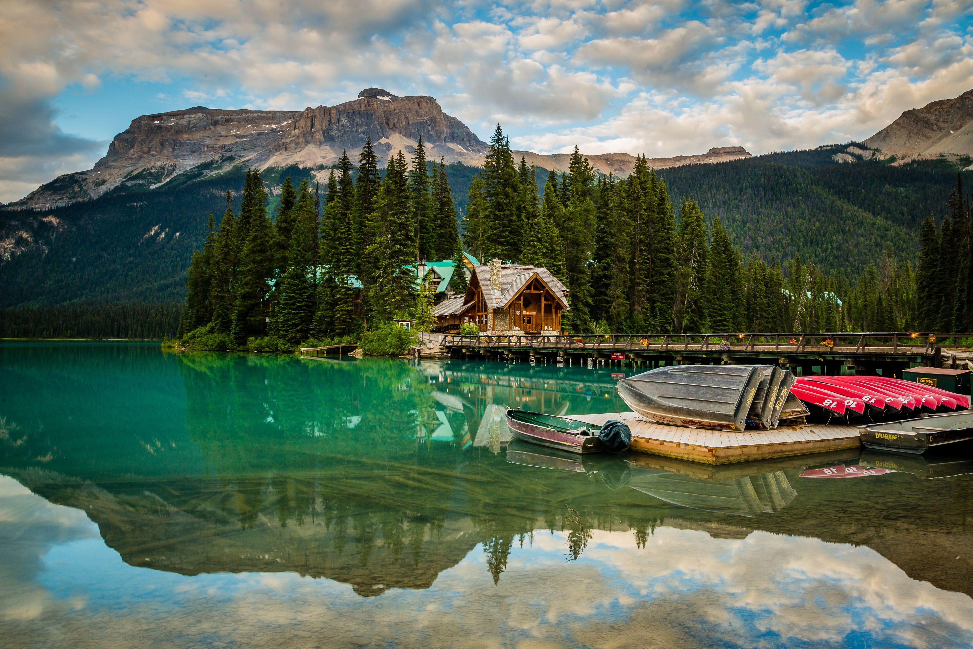 Courtesy of Emerald Lake Lodge / Expedia.com