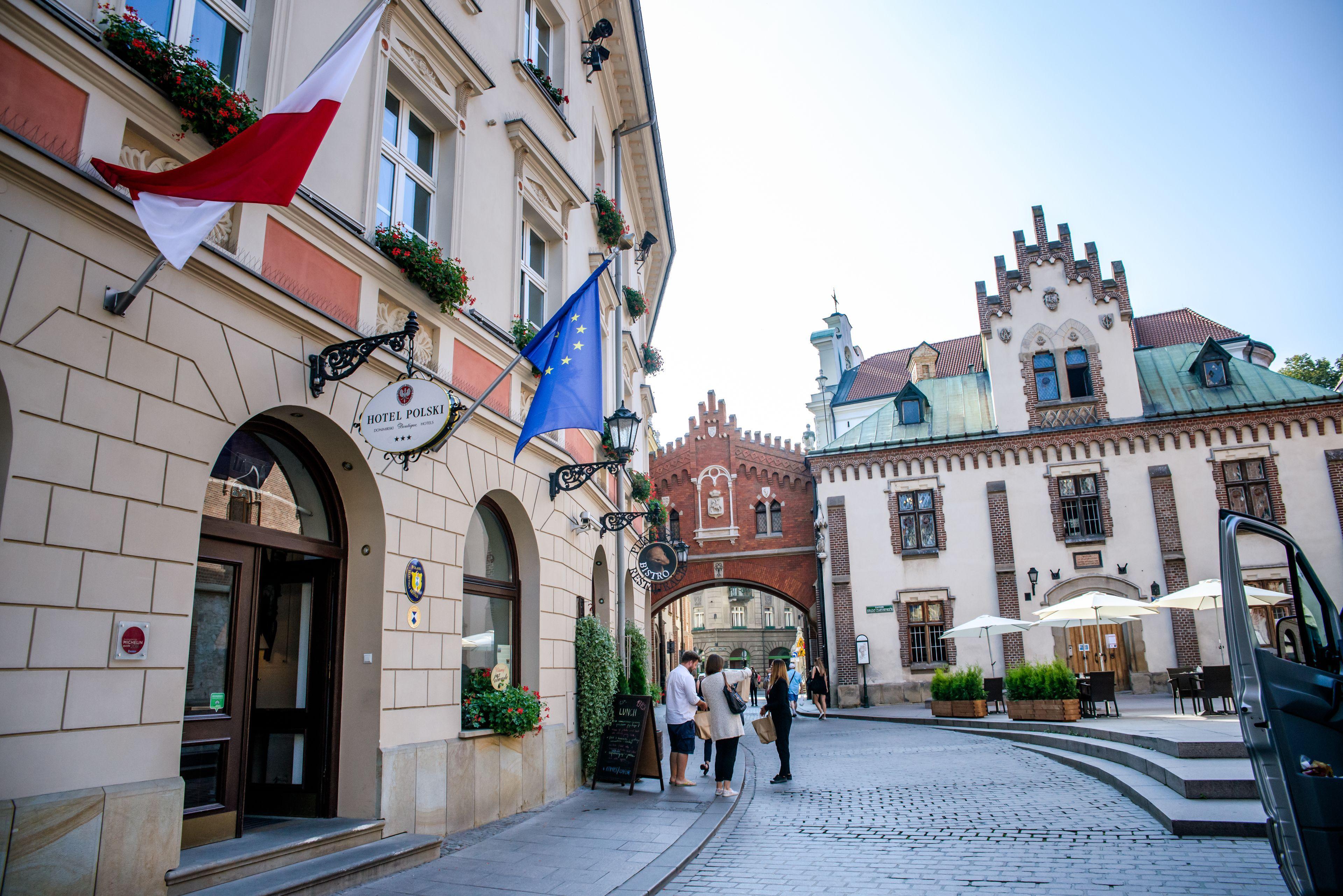 Courtesy of Hotel Polski Pod Białym Orłem / Expedia