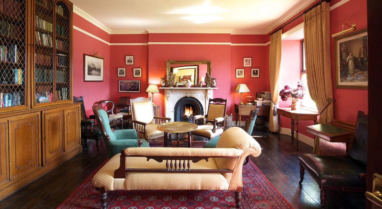 Courtesy Lough Inagh Lodge Hotel / Expedia.com