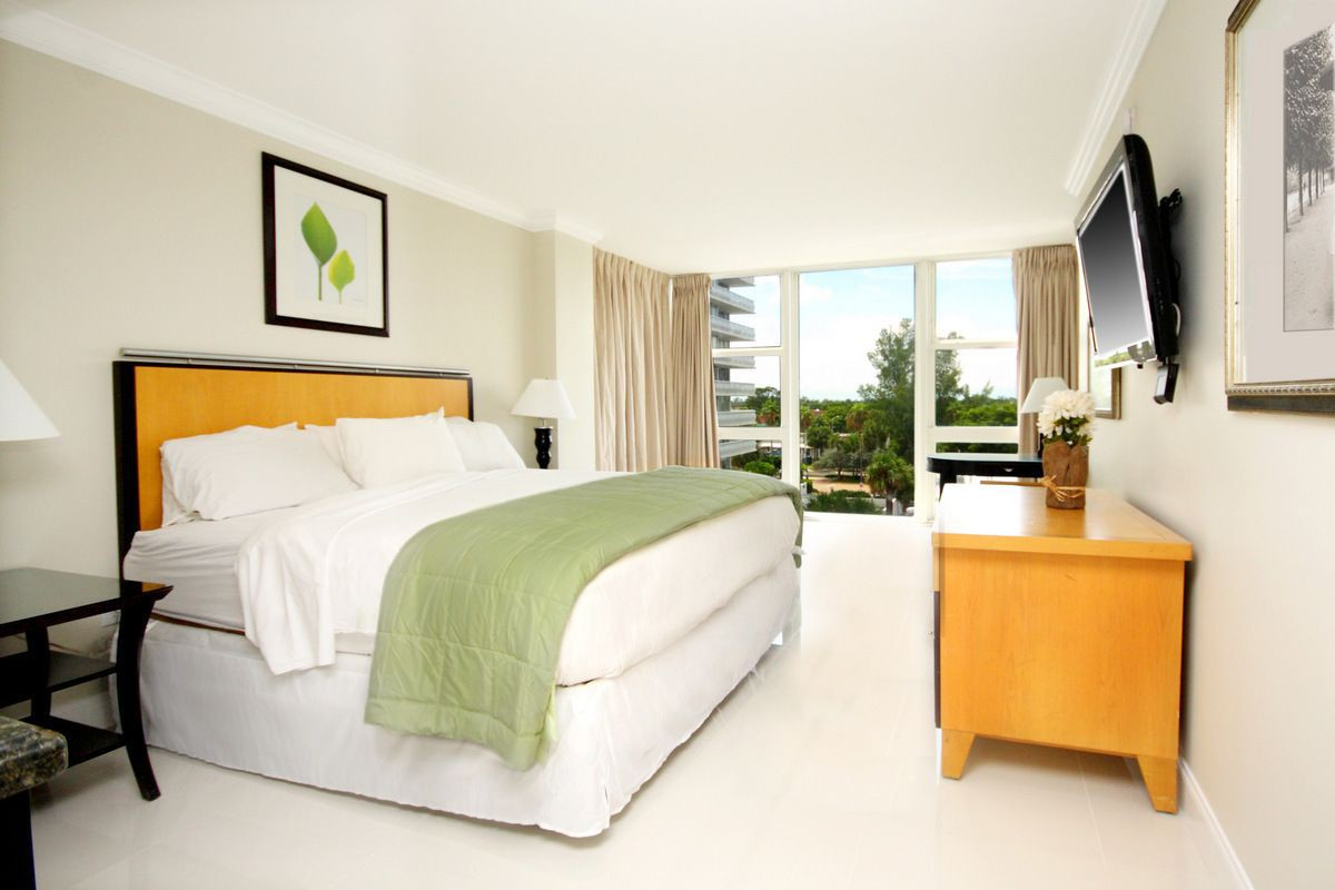 Courtesy of Ocean Manor Beach Hotel / Expedia
