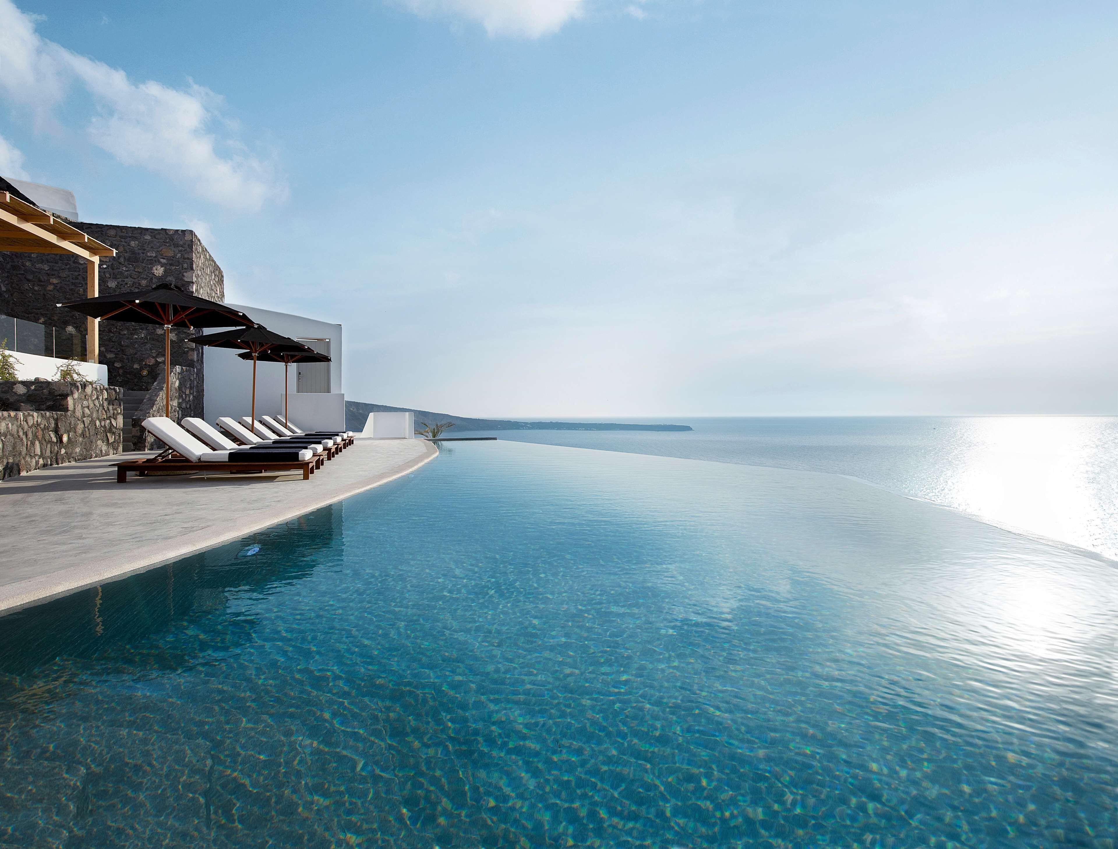 Courtesy of Santo Maris Oia Luxury Suites and Spa / Expedia