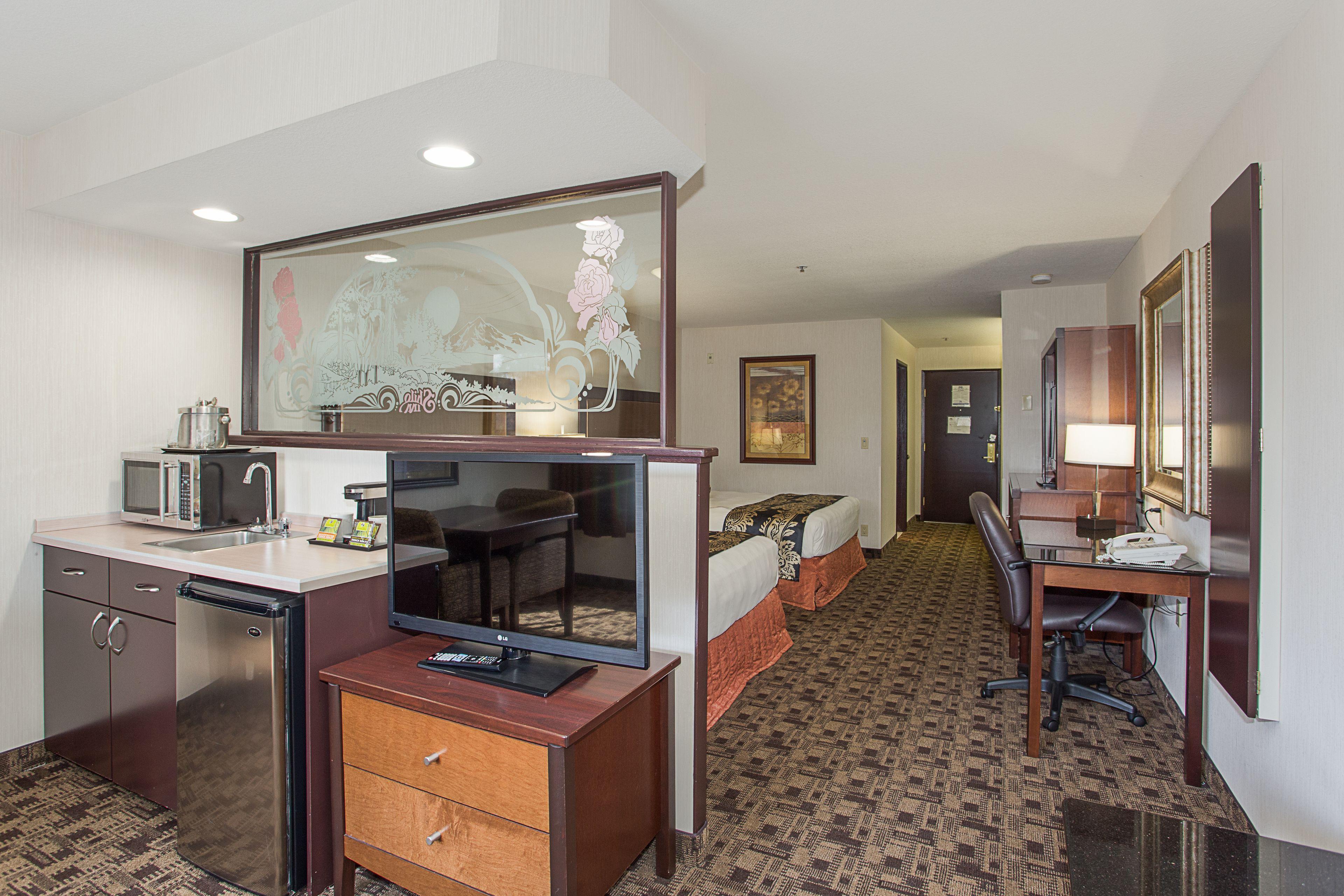 Courtesy of Shilo Inn Suites Hotel, Portland Airport / Expedia