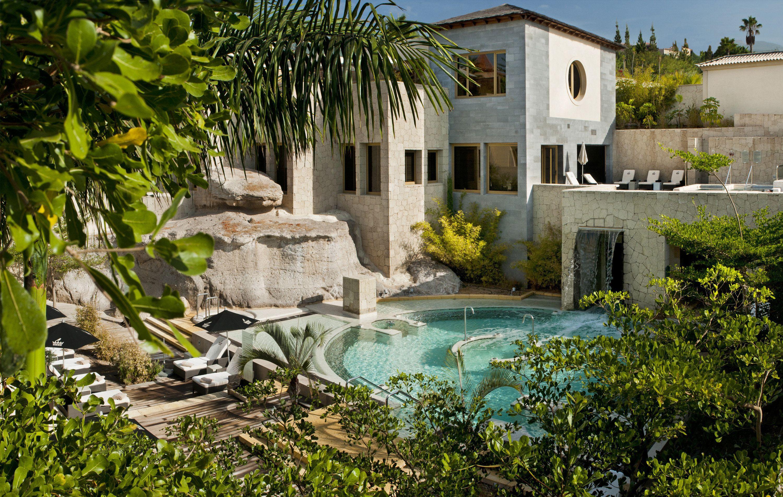 Courtesy of Gran Hotel Bahía del Duque Resort / Expedia