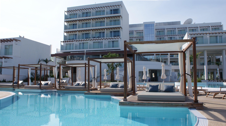 Courtesy of Sunrise Pearl Hotel and Spa / Expedia