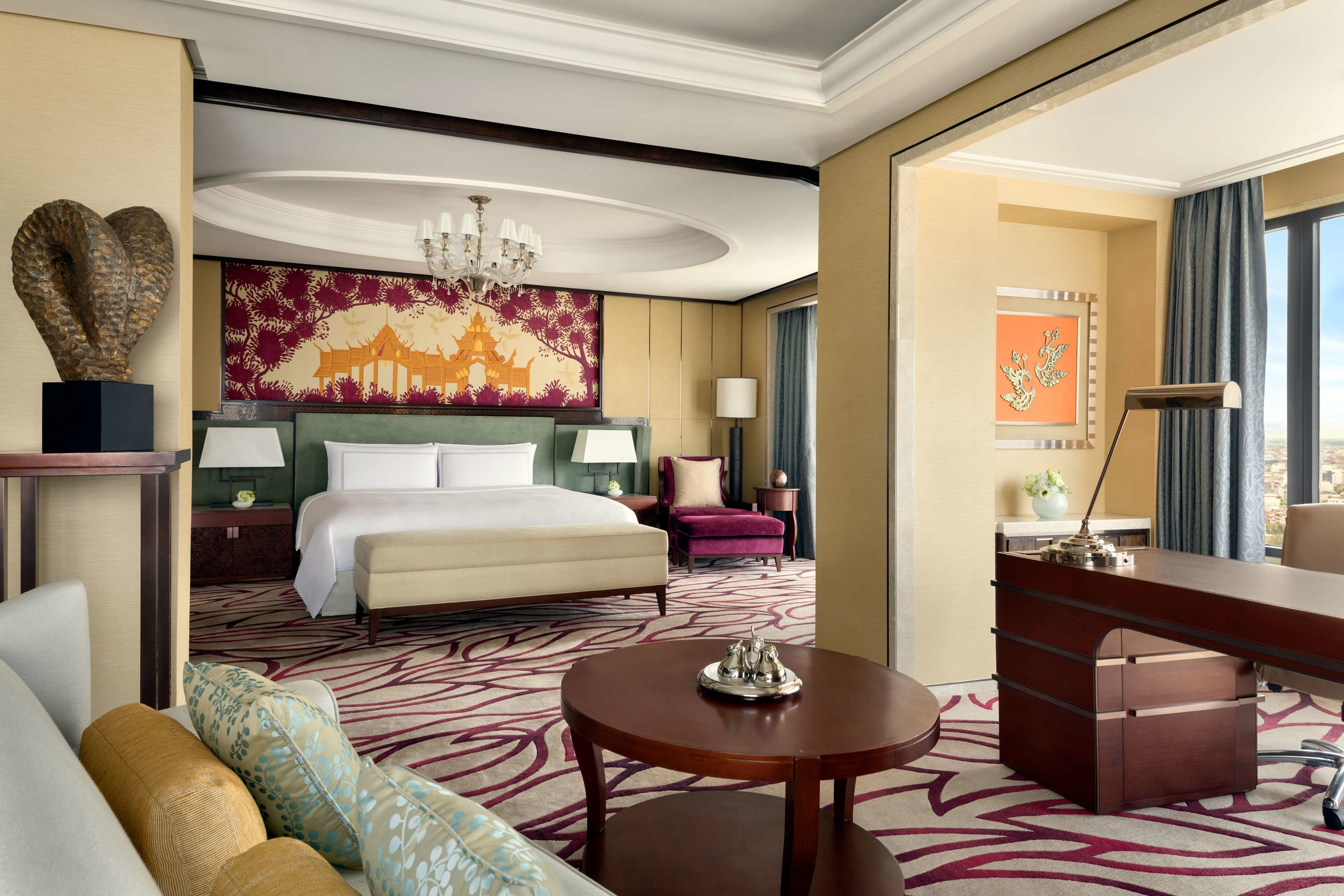 Courtesy of Shangri-La Hotel / Expedia