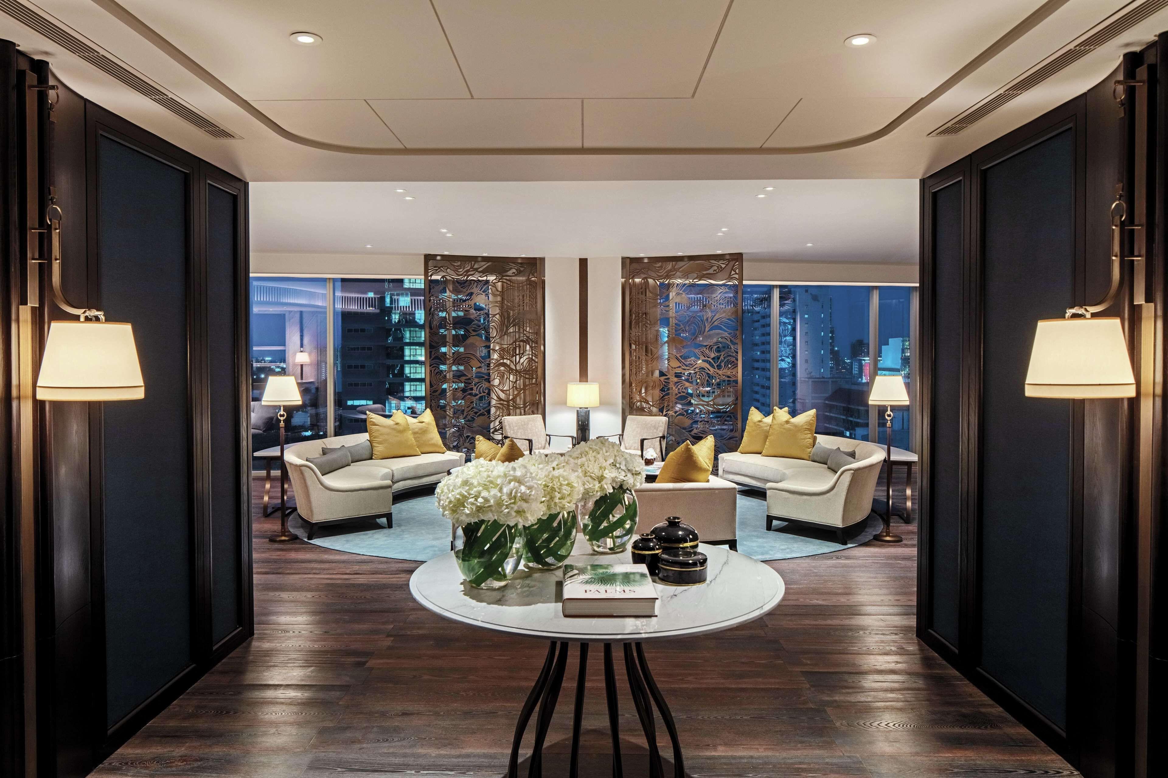 Courtesy of Waldorf Astoria Bangkok / Expedia