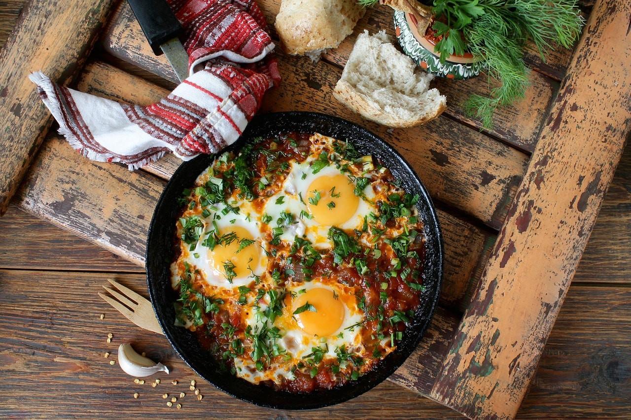 Hearty breakfast  © arinaja / Pixabay