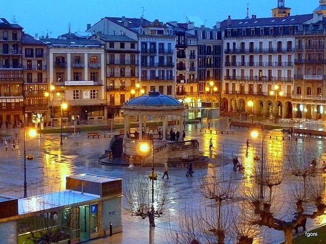 Plaza del Castillo  © Fernando Goñi Erice/Flickr