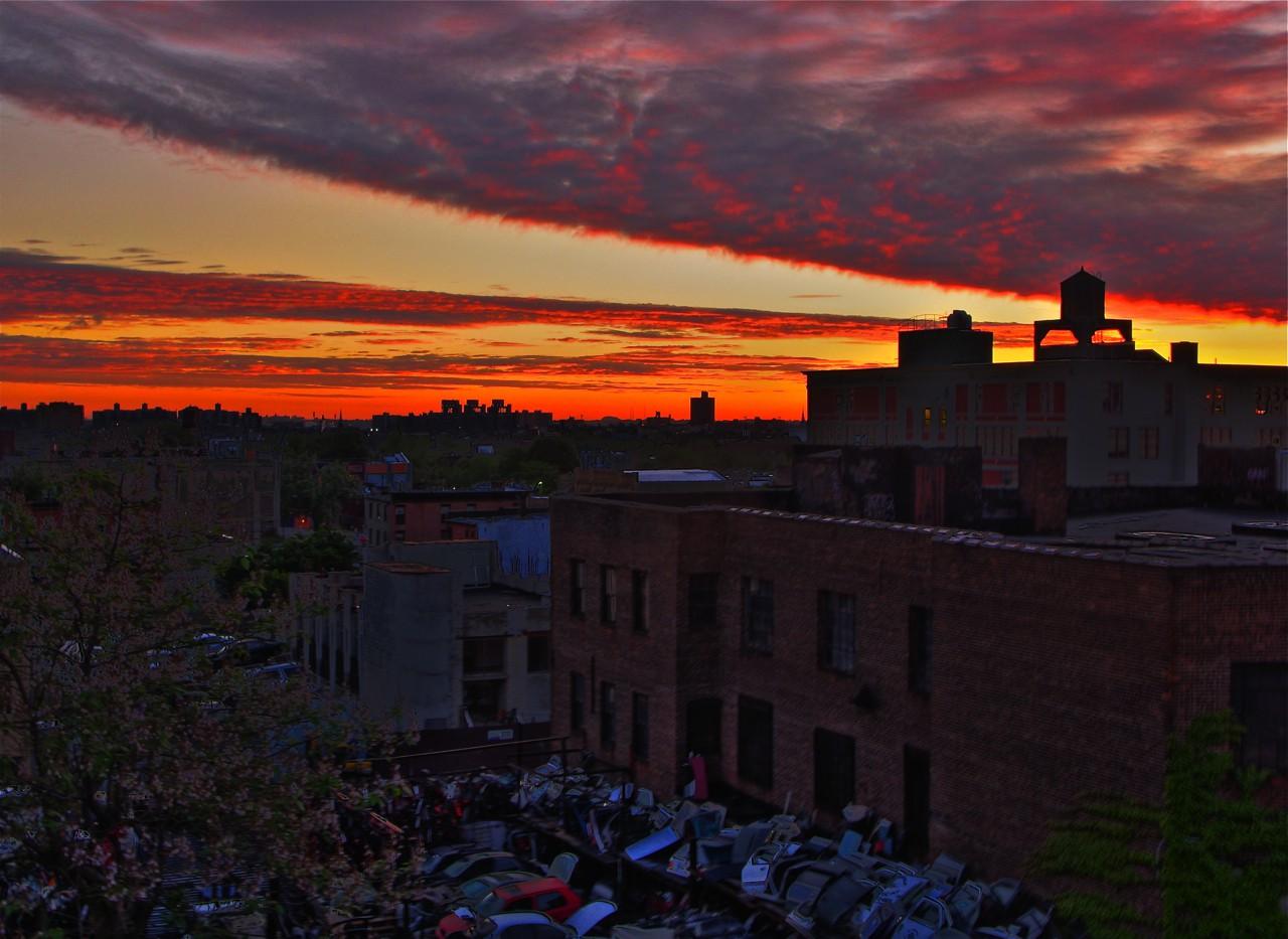 brooklyn dawn | ©Jim/Flickr