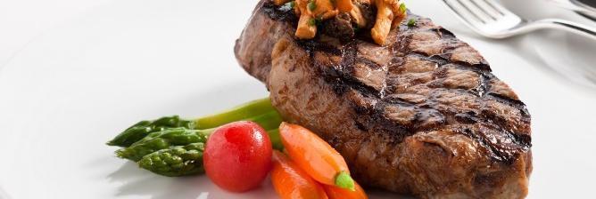 Gourmet Guide to Abu Dhabi's 10 Best Restaurants & Eats
