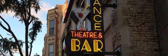 Chicago's Top Stand-Up Venues For Open Mics