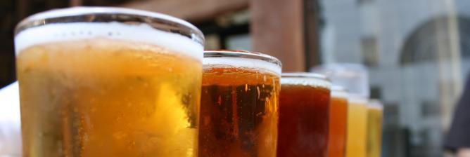 The 10 Best Bars In Bloomington, Illinois