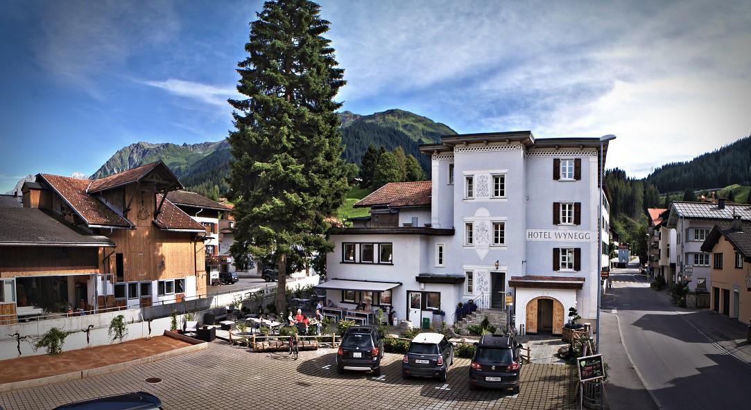 Exterior of Hotel Wynegg | Courtesy of Hotel Wynegg