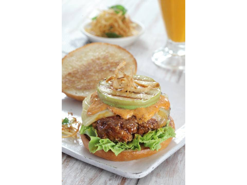 Lush Lamb Burger ©Desi Deli