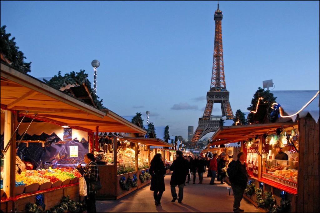 Night market © Jean-Pierre Dalbéra / Flickr