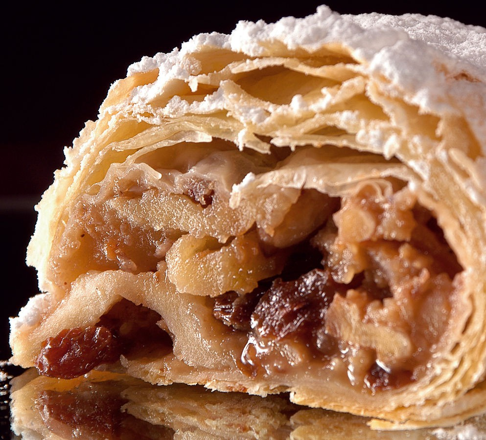 Best Places To Eat Apple Strudel In Vienna