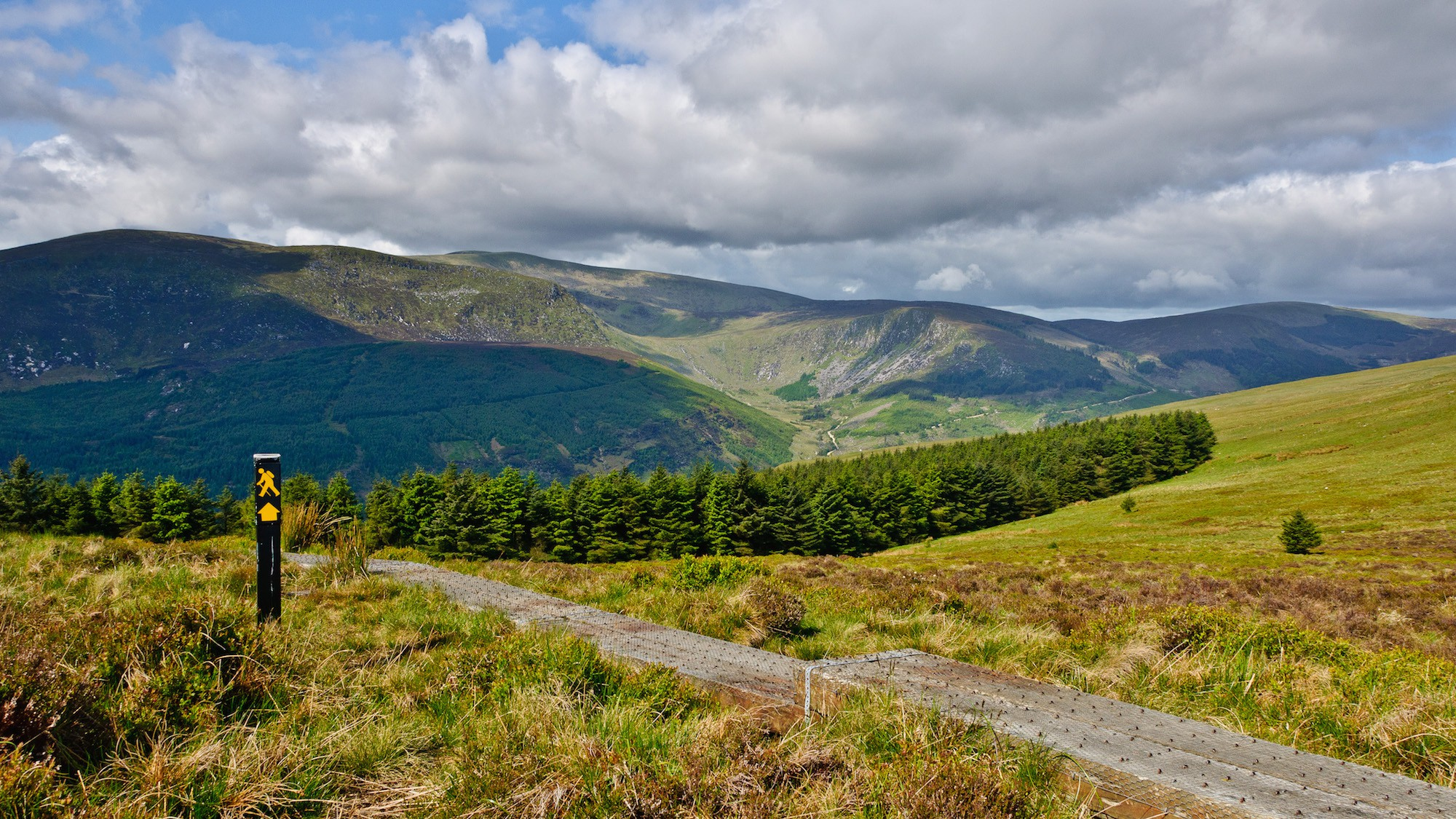 Wicklow Way Hiking Trail | © Joe King / WikiCommons