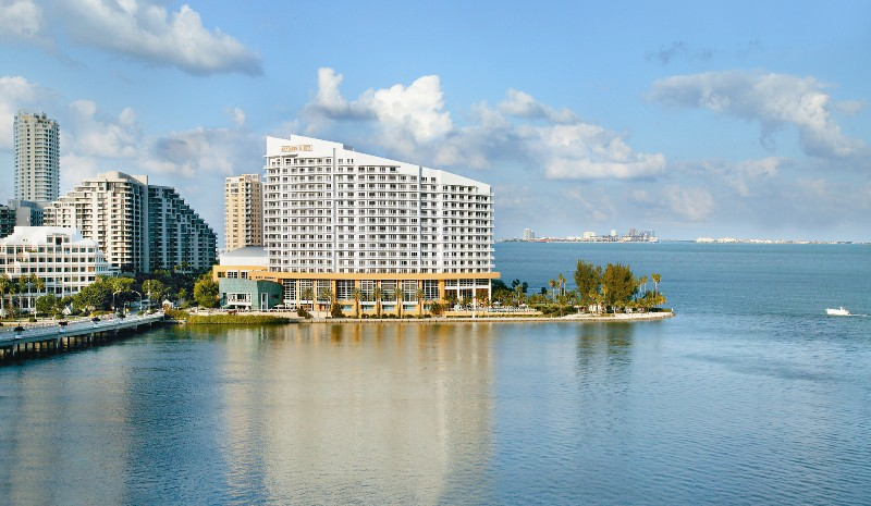 The Mandarin Oriental, Brickell, Miami   Wikipedia Commons