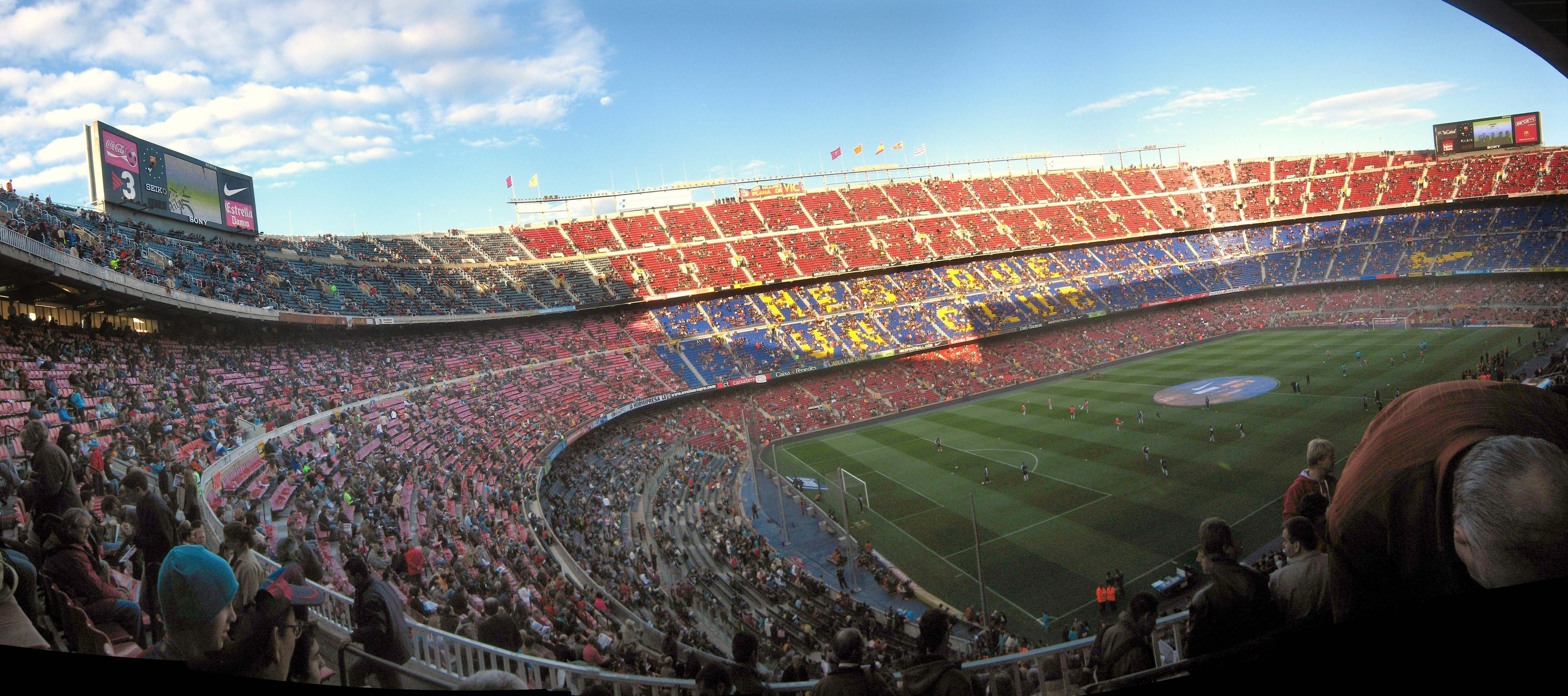 The Camp Nou | © commons.wikimedia.org