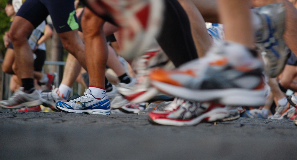 Running shoes © Josiah Mackenzie/Flickr
