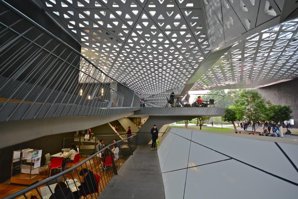 The interior of the Cineteca Nacional | © Alejandro/Flickr