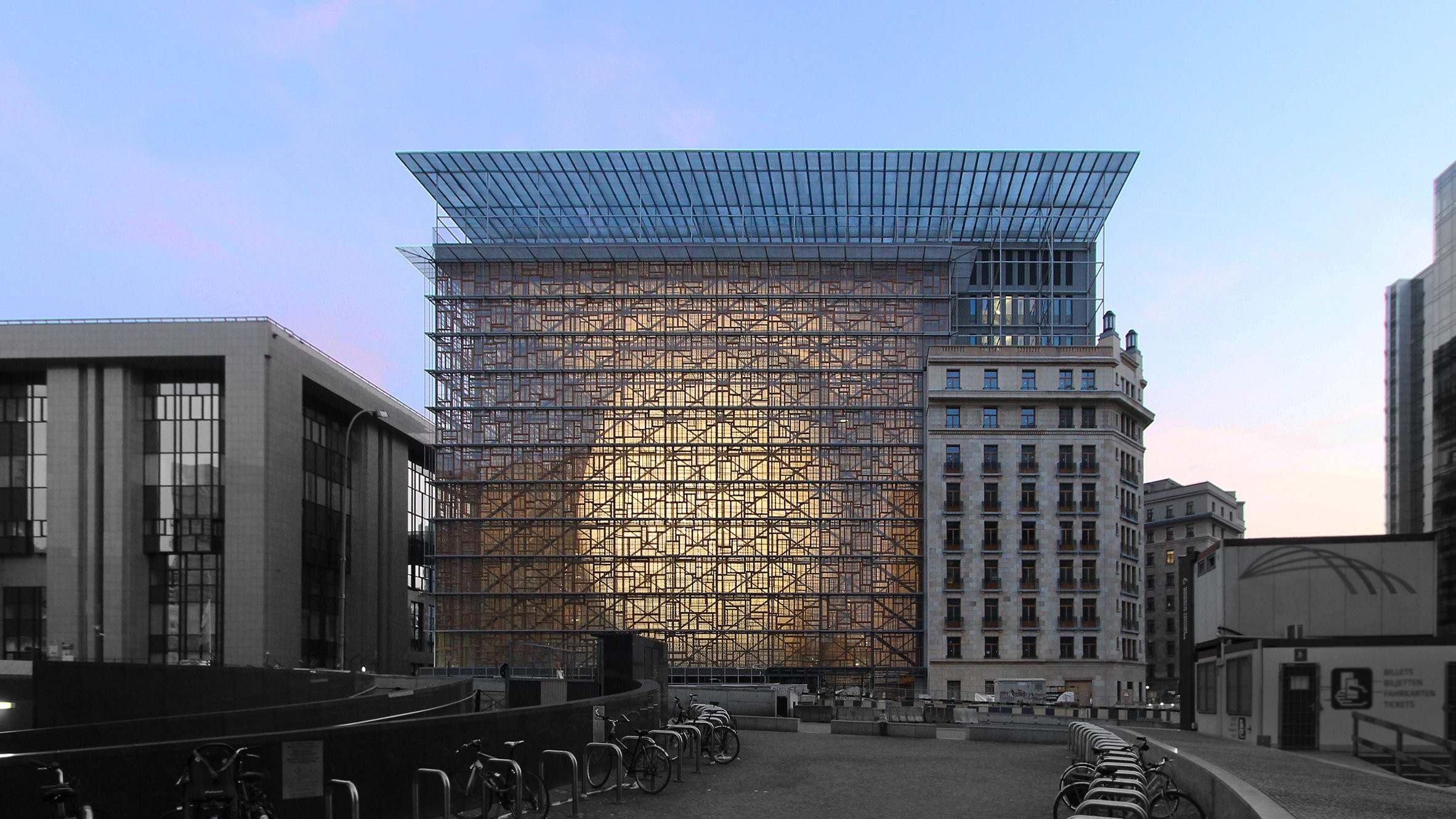 © Philippe SAMYN and PARTNERS architects & engineers