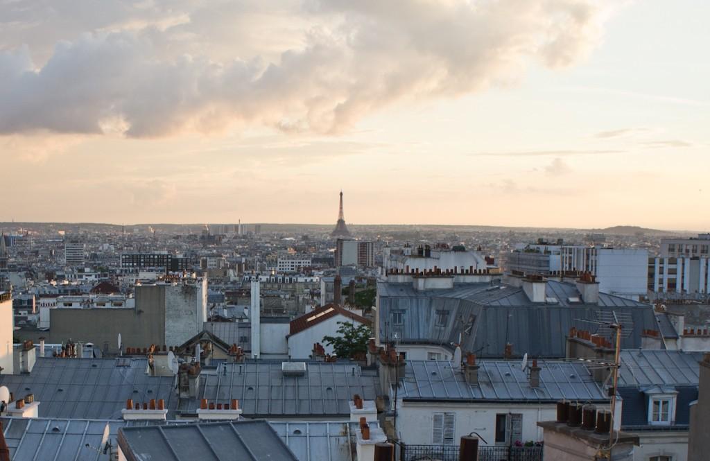 Paris over the rooftops of Belleville │© Sébastien Avenet / Flickr