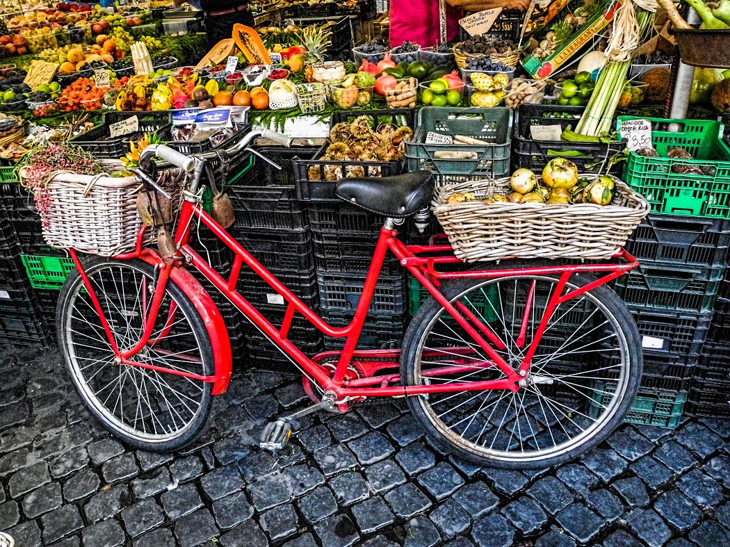 Where to Buy Fresh, Local Food in Rome, Italy