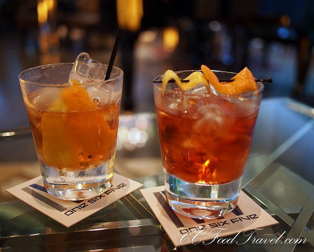 Enjoy a few drinks on a night out in Lagos | © CCFoodTravel.com / Flickr
