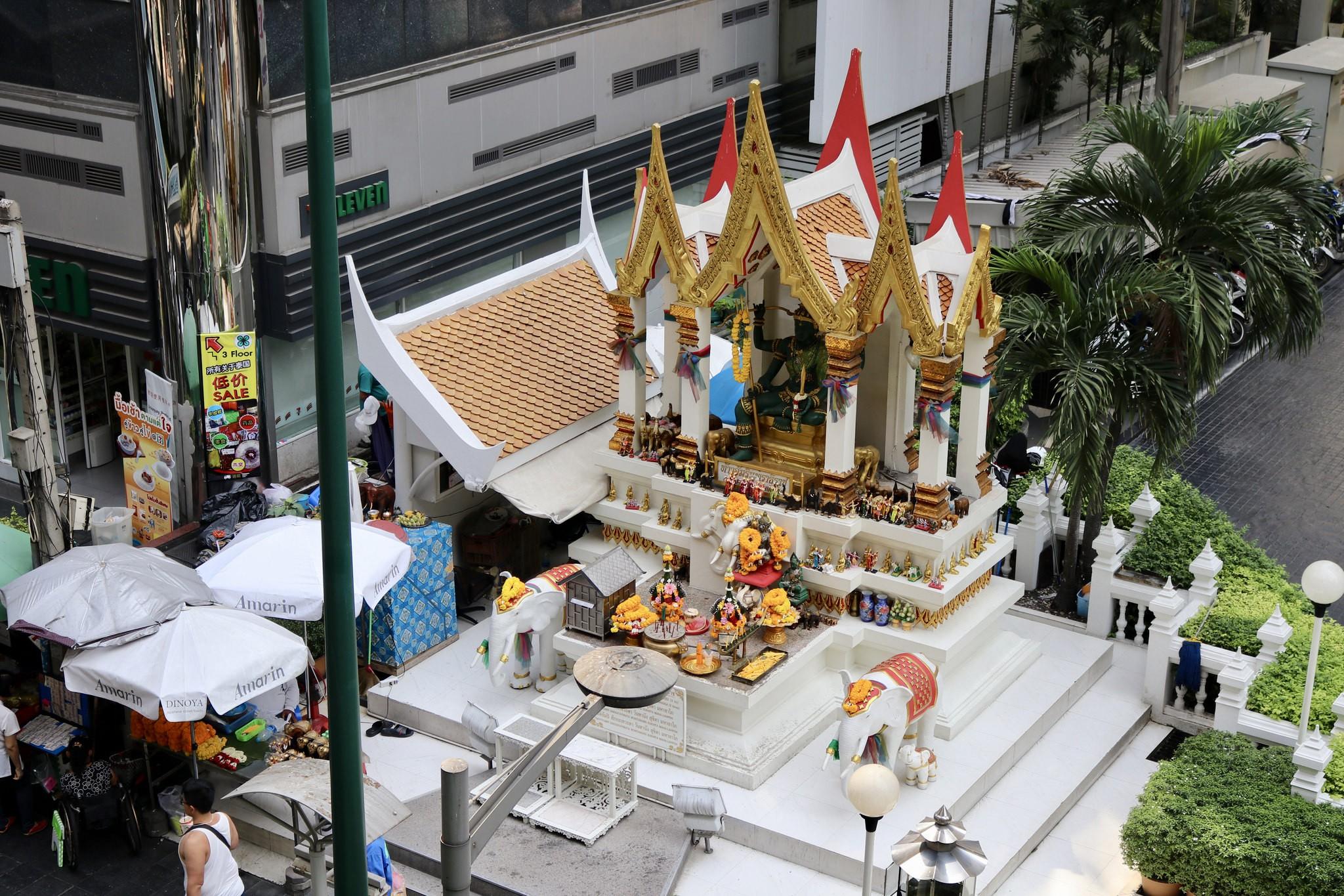 8 Stunning Shrines in Bangkok You Should Visit